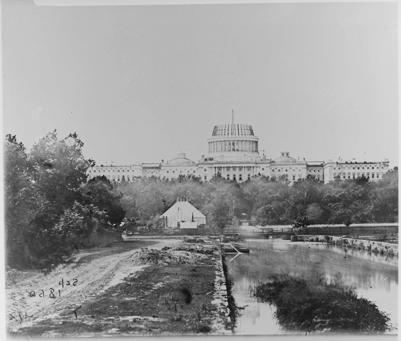 The_U.S._Capitol_under_construction,_1860_-_NARA_-_530494